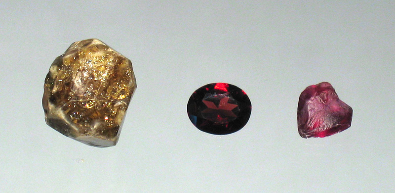 garnets - first gemstones